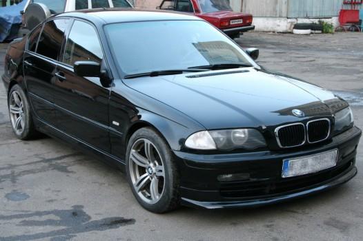 bmw e46 polnaya pokraska avto kiev 2268 526x350 custom BMW E46   Полная покраска авто Киев