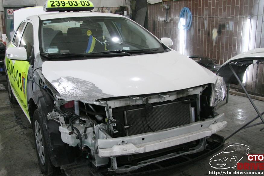 toyota corolla pokraska kryila kapota remont bampera 2012 Toyota Corolla   покраска крыла, капота, ремонт бампера
