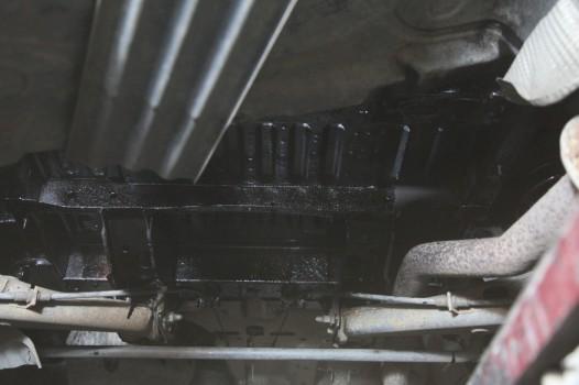 volkswagen t5 antikorroziynaya obrabotka dnishha 9202 526x350 custom Volkswagen T5   антикоррозийная обработка днища