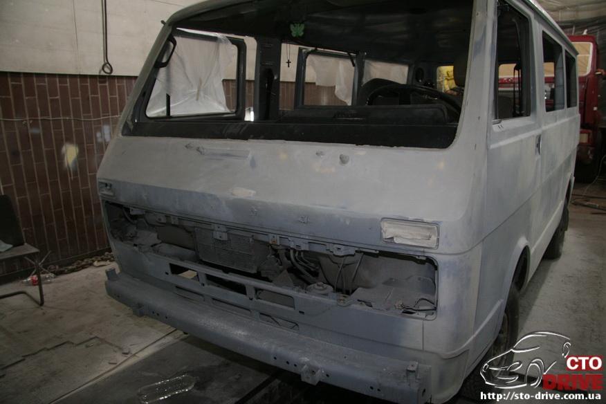 polnaya pokraska mikroavtobusa volkswagen lt 28 0385 Полная покраска микроавтобуса   Volkswagen LT 28. Капремонт двигателя. Антикоррозийная обработка