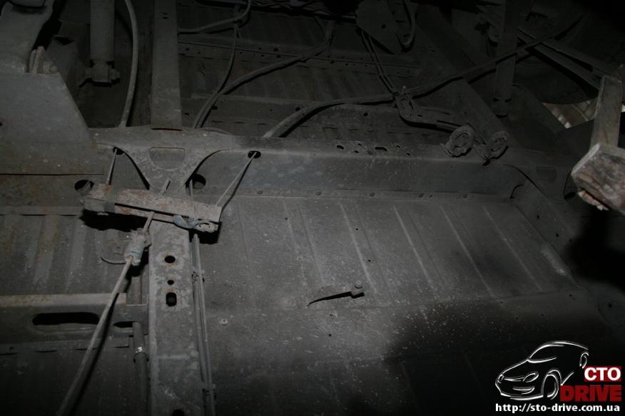 polnaya pokraska mikroavtobusa volkswagen lt 28 0617 Полная покраска микроавтобуса   Volkswagen LT 28. Капремонт двигателя. Антикоррозийная обработка