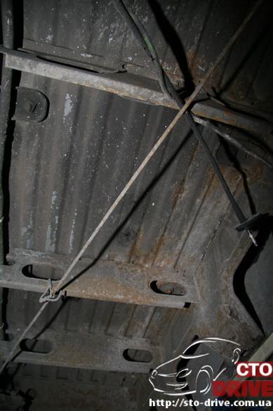 polnaya pokraska mikroavtobusa volkswagen lt 28 0620 Полная покраска микроавтобуса   Volkswagen LT 28. Капремонт двигателя. Антикоррозийная обработка