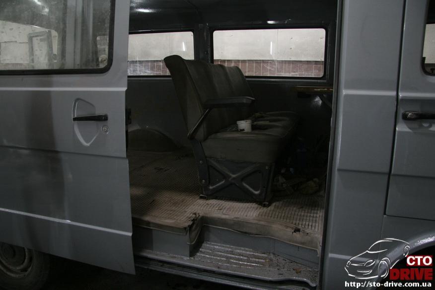 polnaya pokraska mikroavtobusa volkswagen lt 28 1956 Полная покраска микроавтобуса   Volkswagen LT 28. Капремонт двигателя. Антикоррозийная обработка
