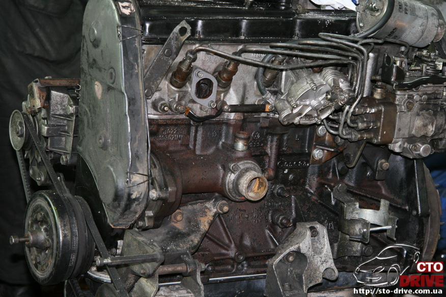 polnaya pokraska mikroavtobusa volkswagen lt 28 2400 Полная покраска микроавтобуса   Volkswagen LT 28. Капремонт двигателя. Антикоррозийная обработка