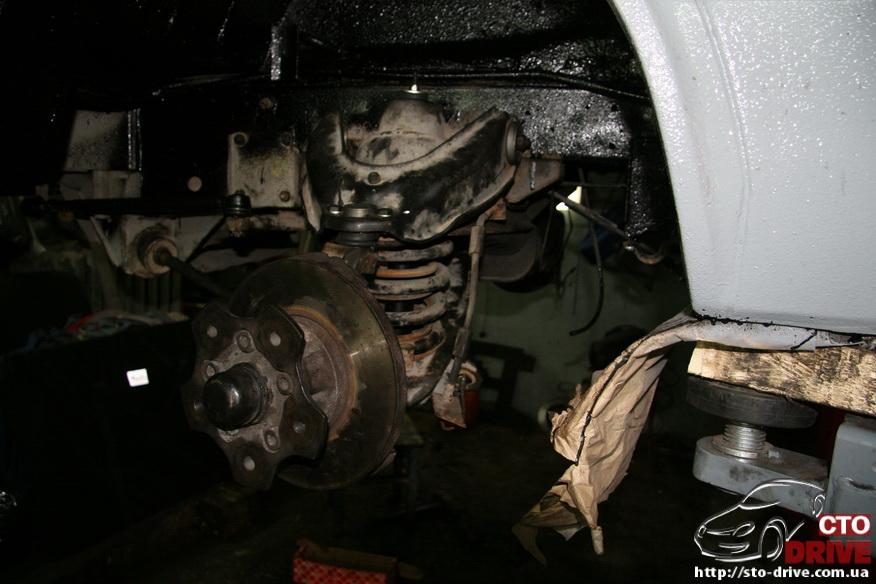 polnaya pokraska mikroavtobusa volkswagen lt 28 2606 Полная покраска микроавтобуса   Volkswagen LT 28. Капремонт двигателя. Антикоррозийная обработка