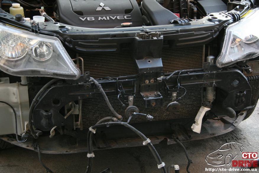 remont bamperov rihtovka pokraska avto mitsubishi outlander xl 3089 Ремонт бамперов, рихтовка, покраска авто   Mitsubishi Outlander XL