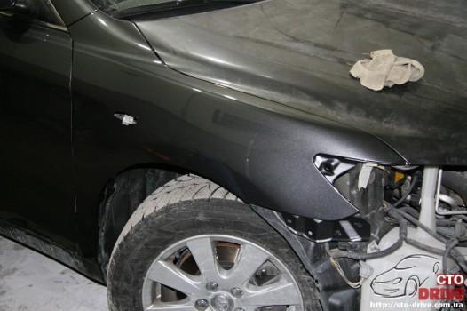 rihtovka dveri stoyki zamena kryila pokraska avto toyota camry 6390 526x350 custom Рихтовка двери, стойки, замена крыла, покраска авто   Toyota Camry