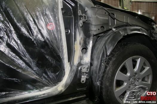 rihtovka dveri stoyki zamena kryila pokraska avto toyota camry 6522 526x350 custom Рихтовка двери, стойки, замена крыла, покраска авто   Toyota Camry
