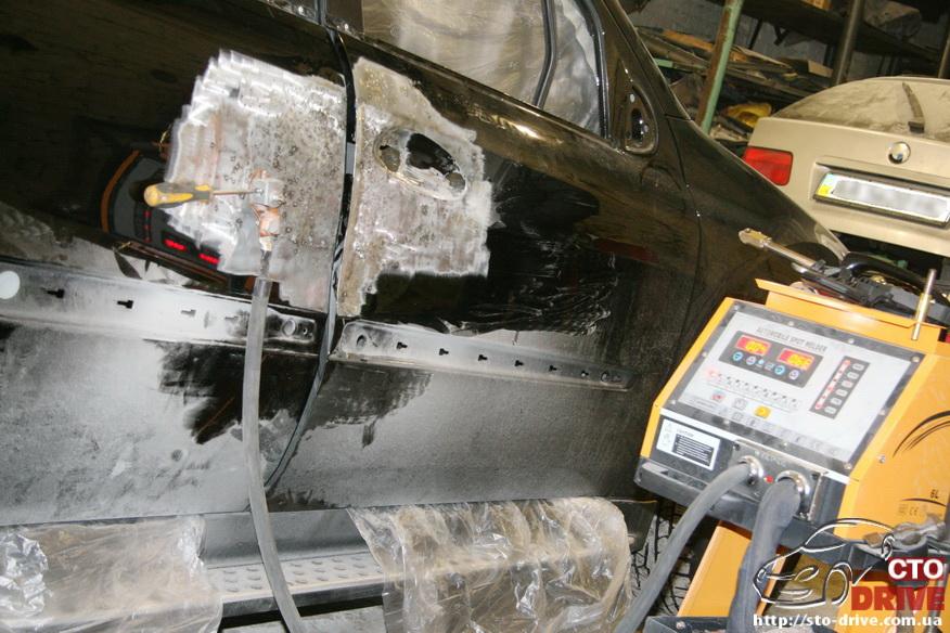 rihtovka pokraska dverey i zadnego kryila mercedes ml350 7136 Рихтовка, покраска дверей и заднего крыла   Mercedes ML350