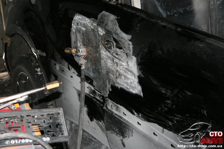 rihtovka pokraska dverey i zadnego kryila mercedes ml350 7138 Рихтовка, покраска дверей и заднего крыла   Mercedes ML350