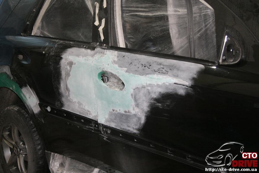 rihtovka pokraska dverey i zadnego kryila mercedes ml350 7410 Рихтовка, покраска дверей и заднего крыла   Mercedes ML350