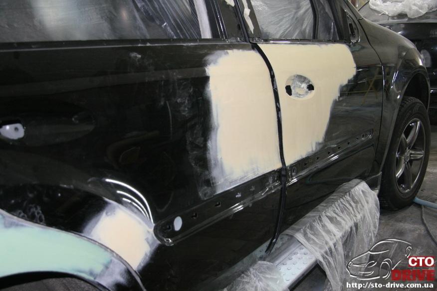 rihtovka pokraska dverey i zadnego kryila mercedes ml350 7425 Рихтовка, покраска дверей и заднего крыла   Mercedes ML350