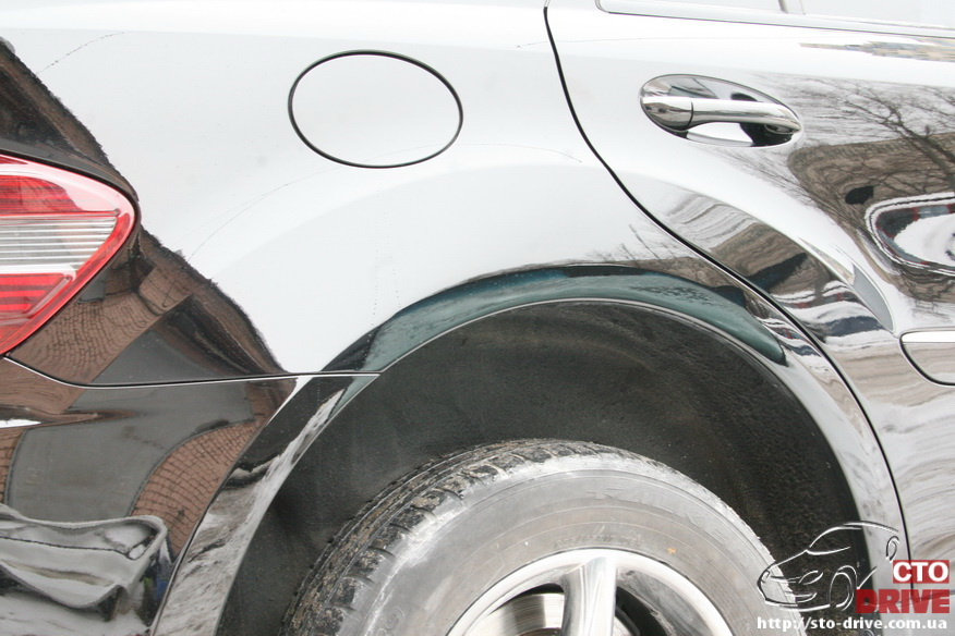 rihtovka pokraska dverey i zadnego kryila mercedes ml350 8030 Рихтовка, покраска дверей и заднего крыла   Mercedes ML350
