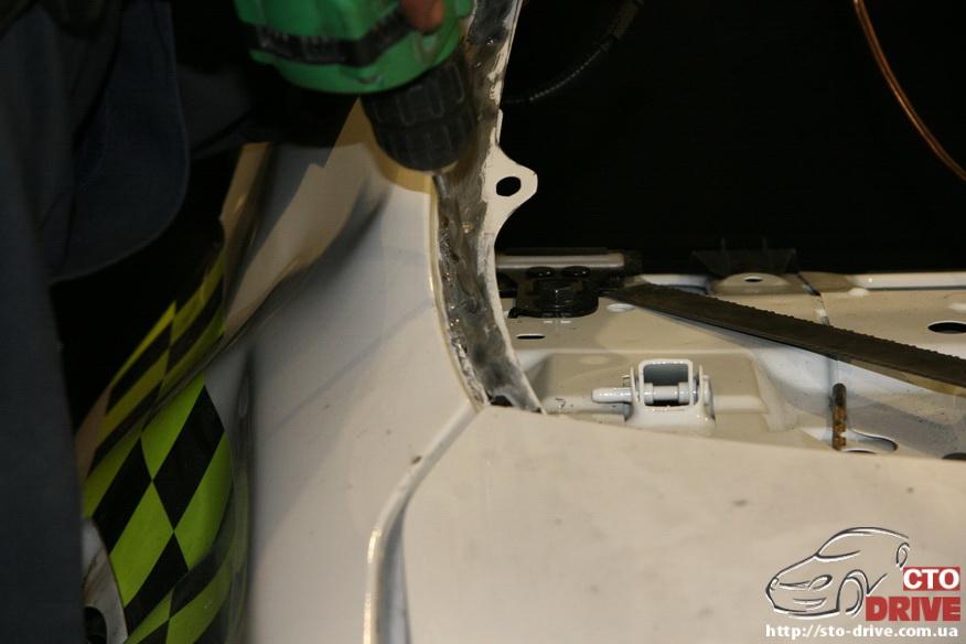 zamena zadnego kryila toyota corolla pokraska avto kiev 3626 Замена заднего крыла   Toyota Corolla. Покраска авто Киев
