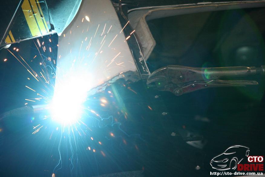 zamena zadnego kryila toyota corolla pokraska avto kiev 3787 Замена заднего крыла   Toyota Corolla. Покраска авто Киев
