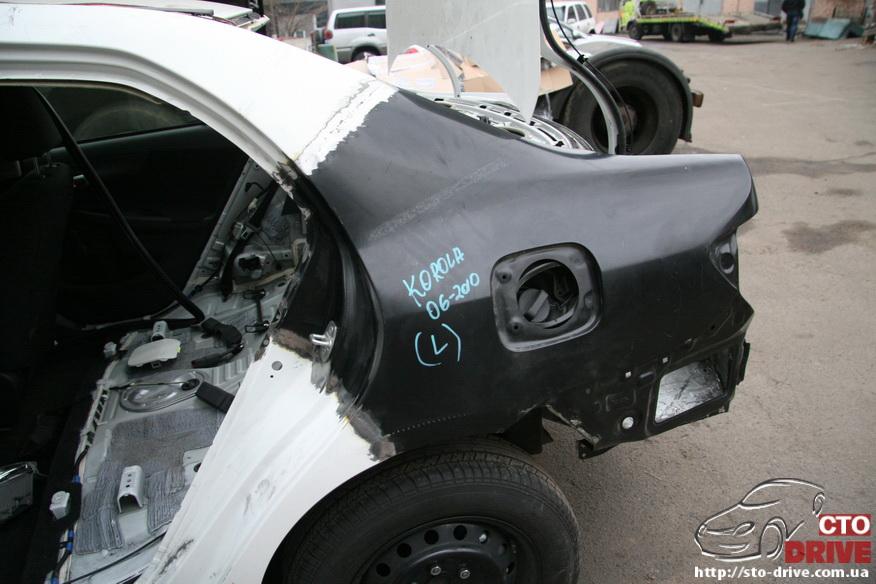 zamena zadnego kryila toyota corolla pokraska avto kiev 3846 Замена заднего крыла   Toyota Corolla. Покраска авто Киев