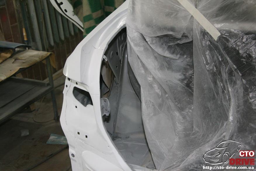 zamena zadnego kryila toyota corolla pokraska avto kiev 3958 Замена заднего крыла   Toyota Corolla. Покраска авто Киев